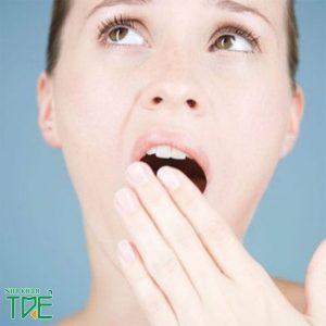 Bọc răng sứ bị hôi miệng phải làm sao?
