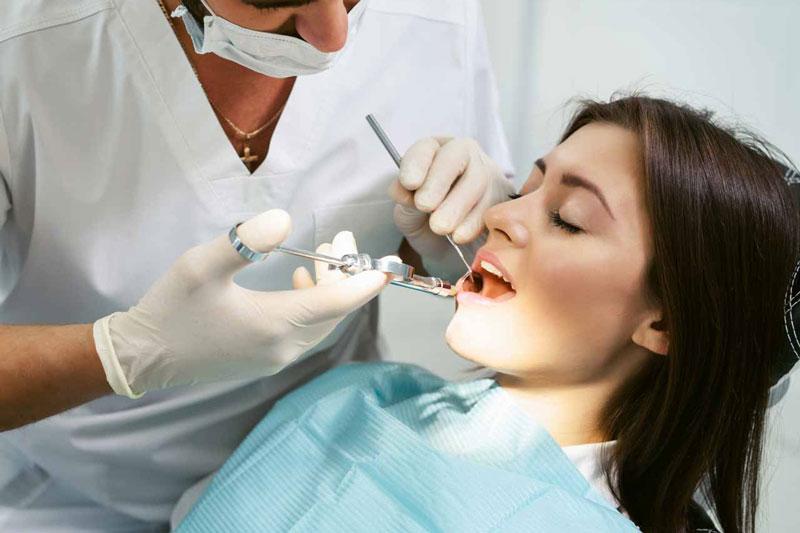 Răng khôn cần can thiệp sớm để tránh biến chứng nguy hiểm