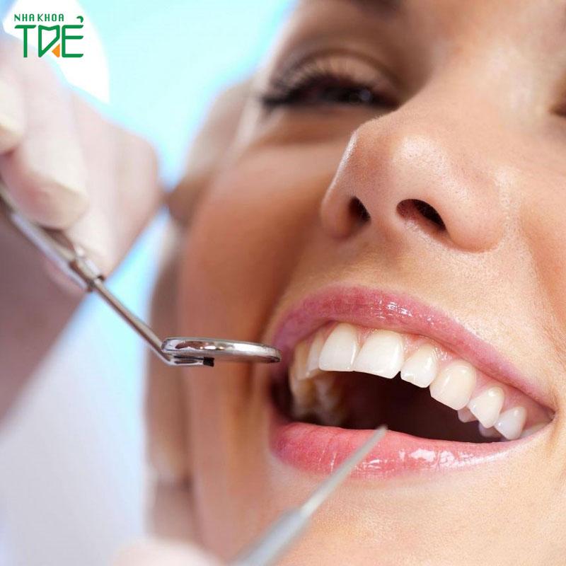 Bọc răng sứ thẩm mỹ có ảnh hưởng gì không?