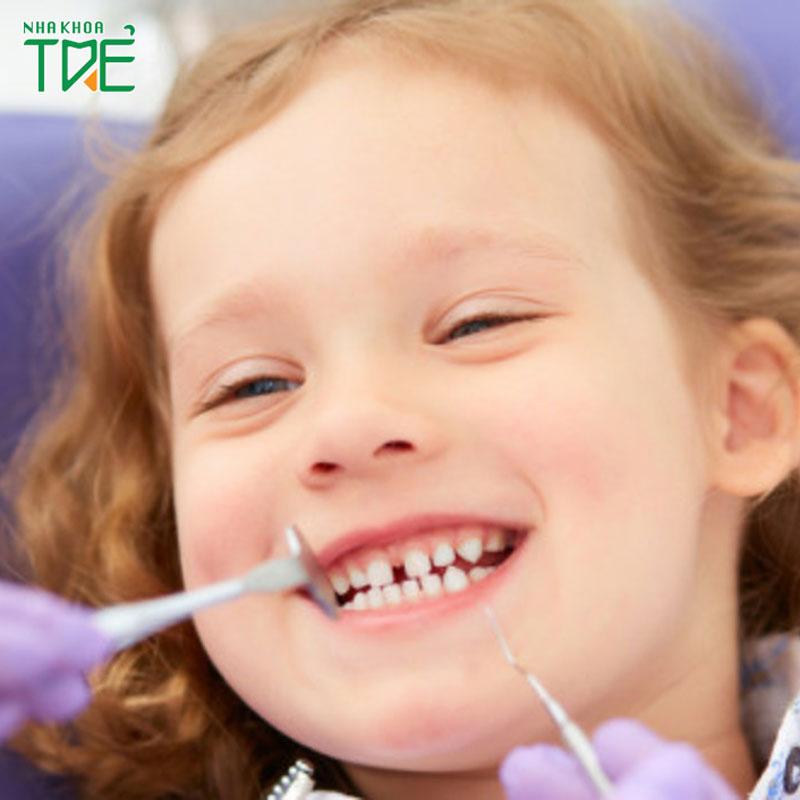 [BÁC SĨ GIẢI ĐÁP] Có nên bọc răng sứ cho trẻ em không?
