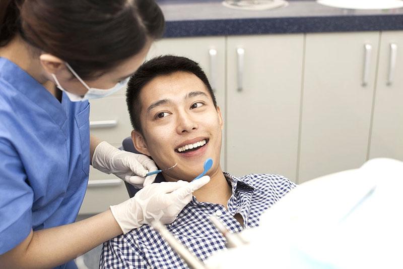 Nên lấy cao răng định kỳ 6 tháng/lần để bảo vệ răng chắc khỏe