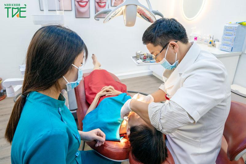 Lựa chọn nha khoa uy tín để làm răng sứ an toàn