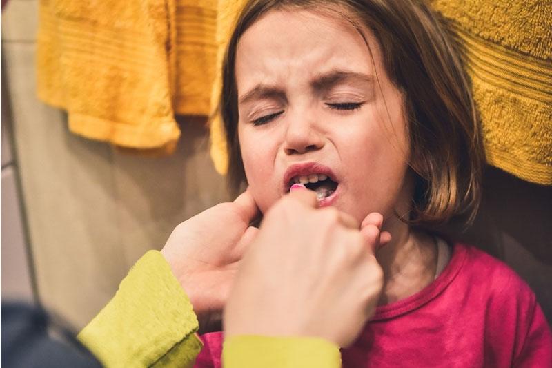 Lưu ý khi vệ sinh răng miệng cho bé