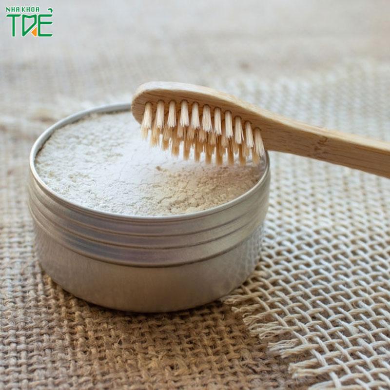 Đánh răng bằng muối làm trắng răng có tốt không?
