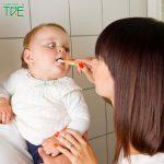 Mẹ đã biết cách chăm sóc răng miệng cho bé mới mọc răng chưa?