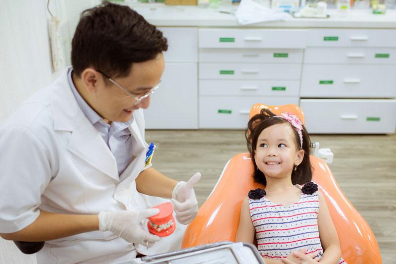 Khám răng định kỳ phòng ngừa các bệnh lý răng miệng