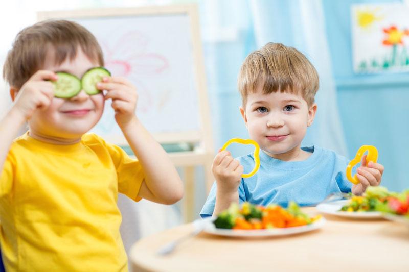 Bổ sung đa dạng các chất dinh dưỡng cho bé