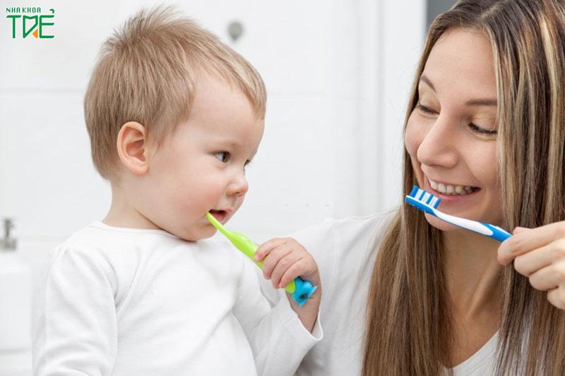 Bé 2 tuổi đã đánh răng được chưa?