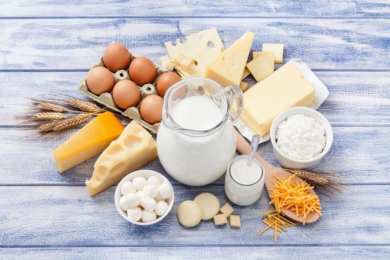 Canxi tốt cho răng có nhiều trong trứng, sữa và các sản phẩm từ sữa
