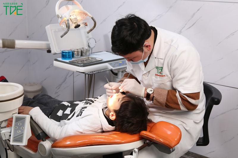 Lựa chọn nha khoa uy tín để nhổ răng sữa cho bé nhẹ nhàng, an toàn