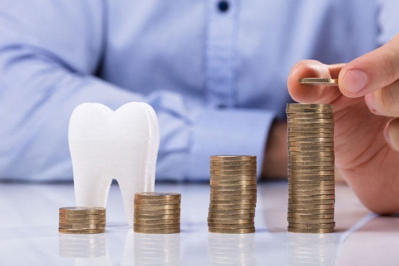 Người có răng quặp thường tính toán chi li