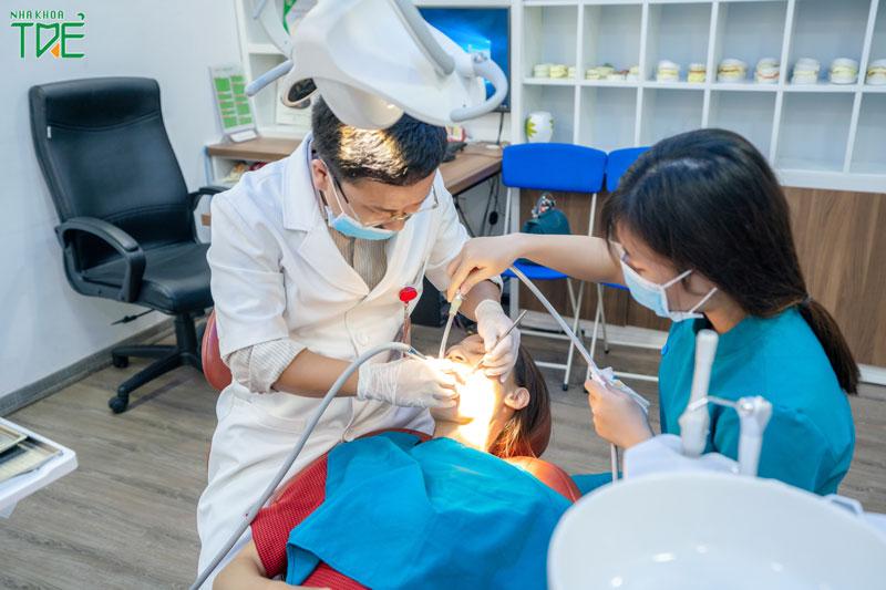 Lựa chọn nha khoa uy tín để trám răng hiệu quả, không biến chứng