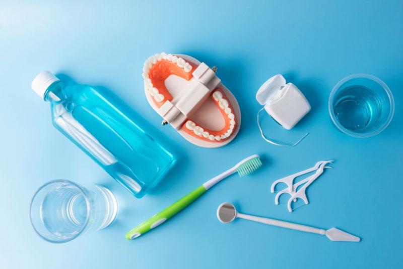 Chỉ nha khoa không thể thay thế các bước vệ sinh răng miệng khác