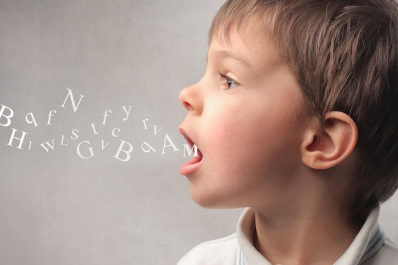 Hàm răng khỏe mạnh sẽ hộ trợ trẻ phát âm chuẩn xác