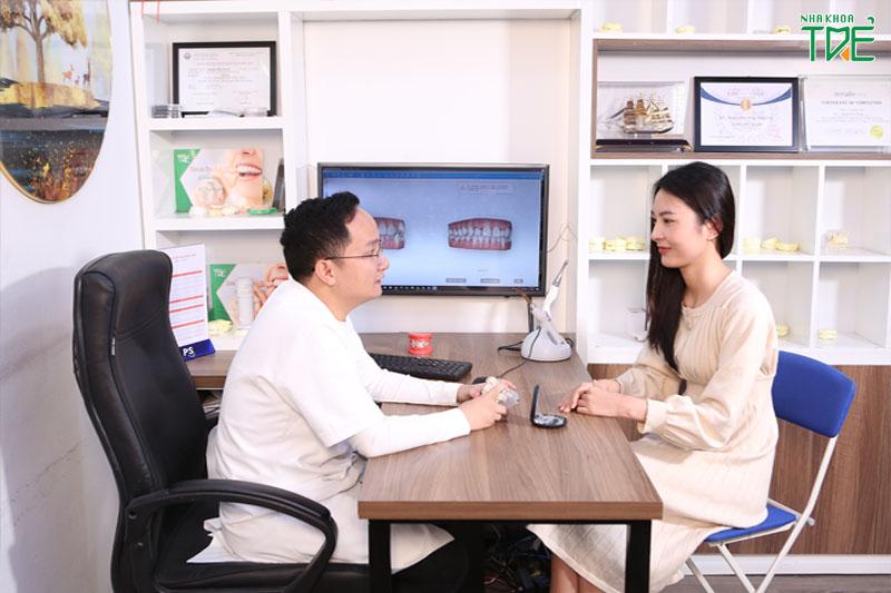 Lựa chọn nha khoa uy tín để thăm khám và khắc phục tình trạng niềng răng xong bị móm