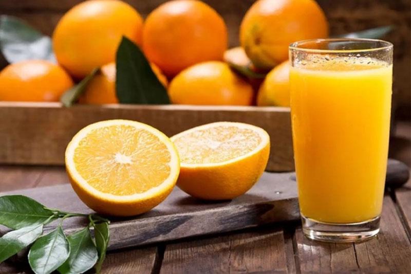 Uống 1 ly nước cam mỗi ngày để có hàm răng khỏe đẹp