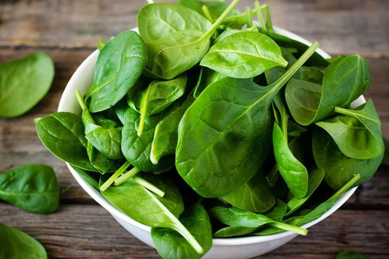 Các loại rau xanh rất giàu canxi và các loại vitamin khác