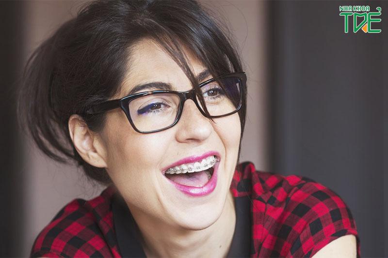 30 tuổi niềng răng có được không, có hiệu quả không?