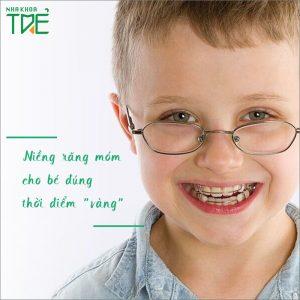 """Trẻ bị móm cần niềng răng đúng thời điểm """"vàng"""""""